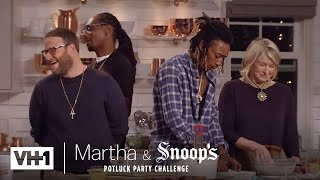Download Wiz Khalifa & Seth Rogen Make Delicious Fried Chicken | Martha & Snoop's Potluck Dinner Party Video