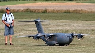 Download AIRBUS A400M GIGANTIC RC SCALE AIRLINER MODEL FLIGHT DEMO / Airliner Meeting Airshow 2015 Video