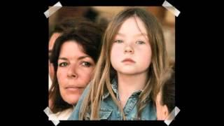 Download Enfants de Monaco-enfants de Caroline et Stéphanie de Monaco Video