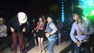 Download Peleas en Baile de Grupo Legitimo en Laguna de San Vicente, Villa de Reyes, S.L.P. NOV. 2015 Video