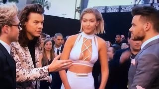 Download Gigi Hadid Snubs Harry Styles During 2015 AMA Interview? Video