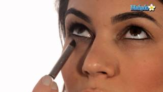 Download How to Do Your Eyes like Kim Kardashian Part 1 of 2 Video