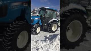 Download snow Plowing the driveway with tractor ls xr4155h 55hp 2017 Video