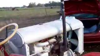Download fordson f tractor Video