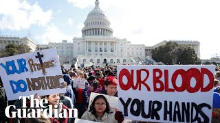 Download Students across US walk out of class in gun violence protest Video