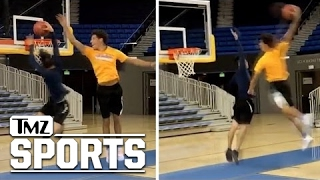 Download Lonzo Ball OBLITERATES UCLA Engineer Student In Dunk-Off I TMZ Sports Video