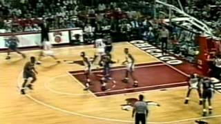Download Bulls vs Knicks Rivalry Part 1: The War Has Begun (1992 & 1993 Playoffs) Video