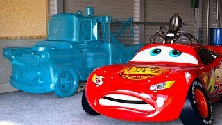 Download LIGHTNING MCQUEEN FREAKS OUT after seeing FROZEN Mater CARS Season 1 Full Movie Disney Pixar CGI Video