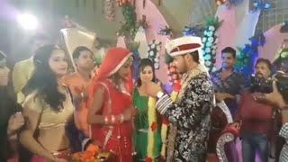 Download Funny Indian wedding   funny jaimala Varmala video    Funny shadi clips Video