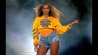 Download Beyonce SNEAK DISSED Rihanna during her Coachella performance? Video