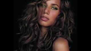 Download Bleeding Love- Guy Version ( Leona Lewis ) + lyrics Video