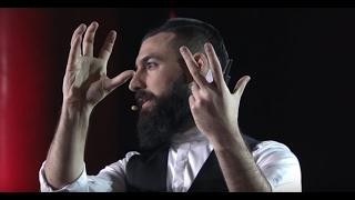 Download Trova il tuo metodo | Vanni De Luca | TEDxGenova Video