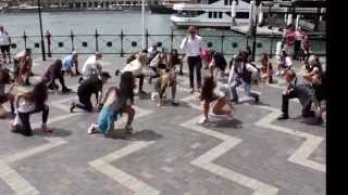 Download Crazy Uptown Funk flashmob in Sydney Video
