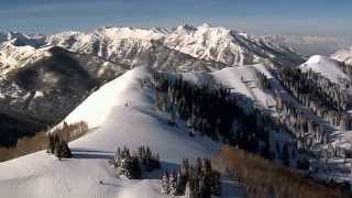 Download Winter Scenes - Stroll Through Christmas - Beautiful Snow and Christmas Songs Video