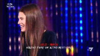 Download VICTOR VICTORIA - Enrico Ruggeri e Bianca Balti al 'Celo manca' Video