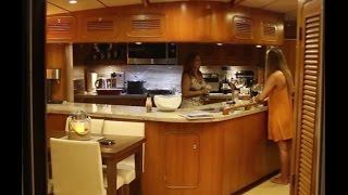 Download La Vagabonde checks out a Power Yacht! (Sailing La Vagabonde) Ep. 62 Video