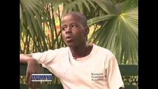 Download TUWAYE ALLAN KAKURU (RAZOR-BLADE) OMWANA W'OKULUGUUDO PT1 Video