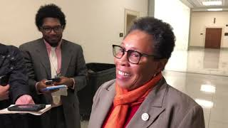 Download Pelosi meets with her potential rival, Fudge Video