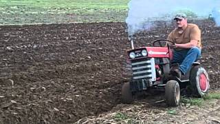 Download MF plowing Video