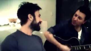 Download Tarkan -Gün Gibi-İkimizin Yerine-Beni Anlama (Akustik) Video