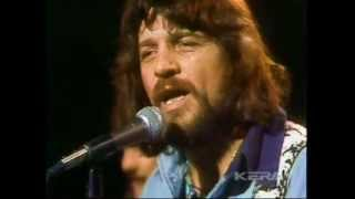Download WAYLON JENNINGS - LONESOME ON'RY AND MEAN (Live In TX 1975) Video
