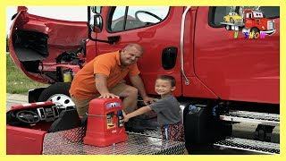 Download Kruz Putting Fuel In A Freightliner Rollback Little Tikes Cozy Coupe Gas Pump Video