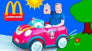 Download Food Drive Thru Delivery Assistant Delivers Meals to Mickey Mouse Video