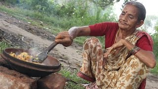 Download Spicy Potato Recipe in Grandma's Village Style || Country Street Food Video