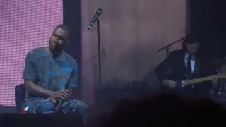 Download Frank Ocean - Wiseman (live in Paris) Video