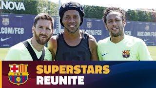 Download Ronaldinho makes a surprise visit Video