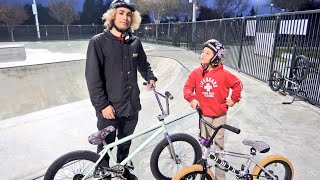 Download GAME OF BIKE VS AN 8 YEAR OLD STREET LORD! 2018 Video
