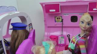 Download AIRPLANE ! ELSA toddler gets AIRSICK in Barbie's Plane Travel Adventure Vacation Video