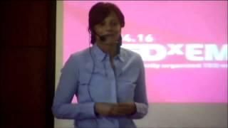 Download Jetez-vous a l'eau: Passion et realisation | Nadia Ben Bahtane | TEDxEMI Video