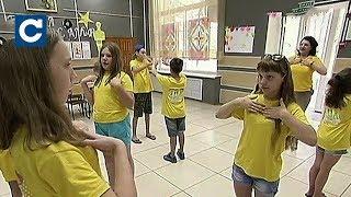 Download Багато дітей із прифронтової зони долають свої страхи завдяки Фонду Ріната Ахметова Video