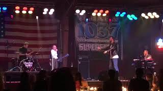 Download Need You Now - Danielle Bradbery and Charles Kelley of Lady Antebellum Duet Video