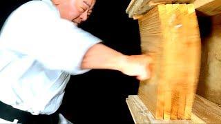 Download The most dangerous punch | Okinawa Karate | Masaaki Ikemiyagi | 最も危険な突き | 池宮城政明先生 | 沖縄空手 Video