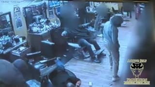 Download Concealed Carrier Turns the Tables on Armed Robbers Video