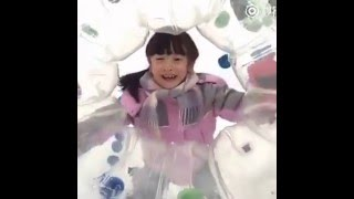 Download Cindy Sâm Điệp Chơi Lăn Bóng Dưới Tuyết Video