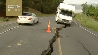 Download New Zealand earthquake leaves thousands stranded Video