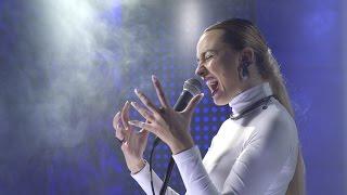 Download Natalia Nykiel vs Auer / Żywy gig: GROUND LEVEL Video