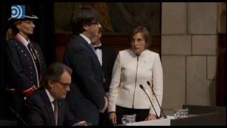 Download Puigdemont toma posesión sin prometer fidelidad ni al Rey ni a la Constitución Video