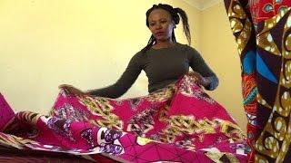 Download Des boutiques branchées pour dynamiser un township sud-africain Video