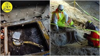 Download Workers Were Excavating LA's Metro When They Uncovered The Remains Of Two Gigantic Ice Age Beasts Video