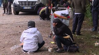 Download Après l'évacuation, l'errance des migrants à Grande-Synthe Video
