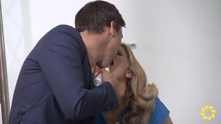Download Barbara Schöneberger küsst Florian David Fitz Video