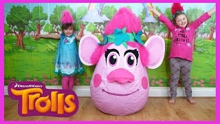 Download NEW TROLLS MOVIE SUPER GIANT EGG SURPRISE + TROLLS SONG + TOYS | The Disney Toy Collector Video