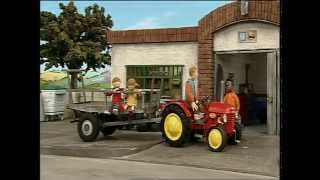 Download Little Red Tractor Series 1 ep 5 Making Hay Video