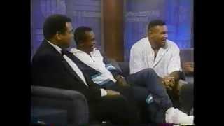 Download Muhammad Ali - Sugar Ray Leonard & Mike Tyson @ The Arsenio Hall Show 1990 Video