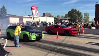 Download Dodge Magnum vs Challenger Hellcat @ Duluth MN Drag Races Video