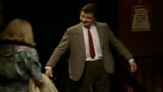 Download On a Date | Funny Clip | Mr. Bean Official Video